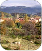 gluiras-un-beau-petit-village-dans-un-ecrin-de-verdure